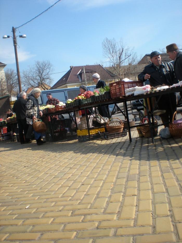 brick aisleways where vendors set up stands