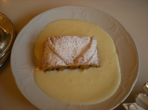 strudel with sauce!!!